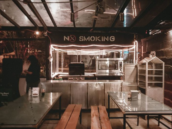 no smoking Bar