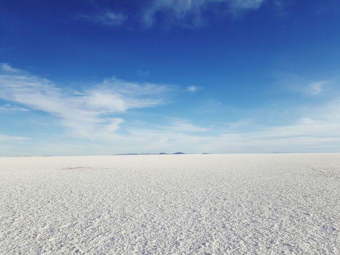 Light EyeEm Selects Uyuni Salardeuyuni Bolivia Sand Dune Desert Salt - Mineral Arid Climate Blue Sand Summer Beach Sky Landscape Salt Lake Salt Basin Salt Flat