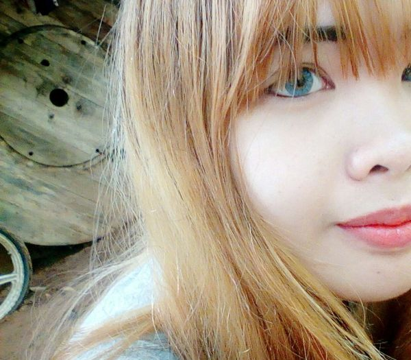 🍑 Thailand Girl Me Eyeblue Chili  Hehe ☺