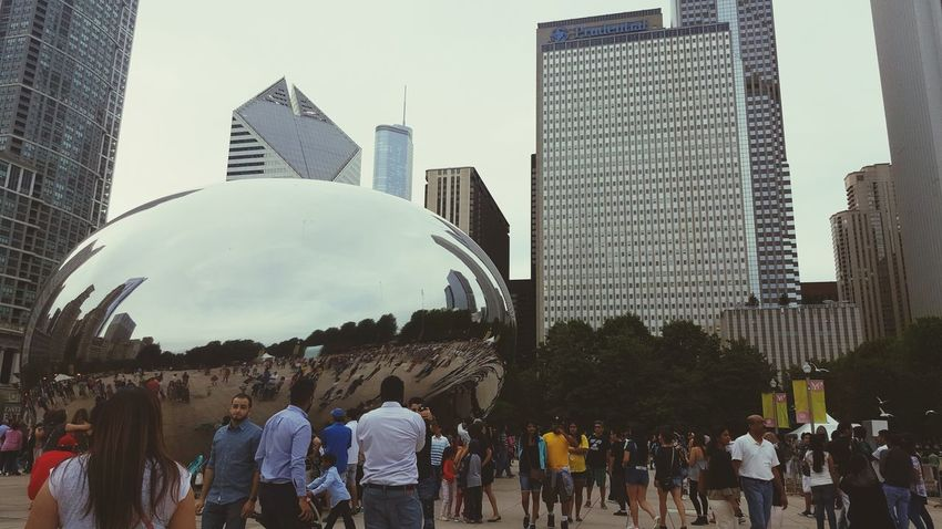 Enjoying Life enjoying the beutifull city of chicago, make sure to always enjoy life as much as ypu can because you only get one chance to do so, YOLO ✌