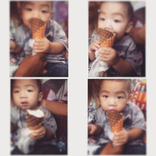 Yes! He really like ice cream ?? ayaw magpaawat ? Icecream Takaw Dungisboy