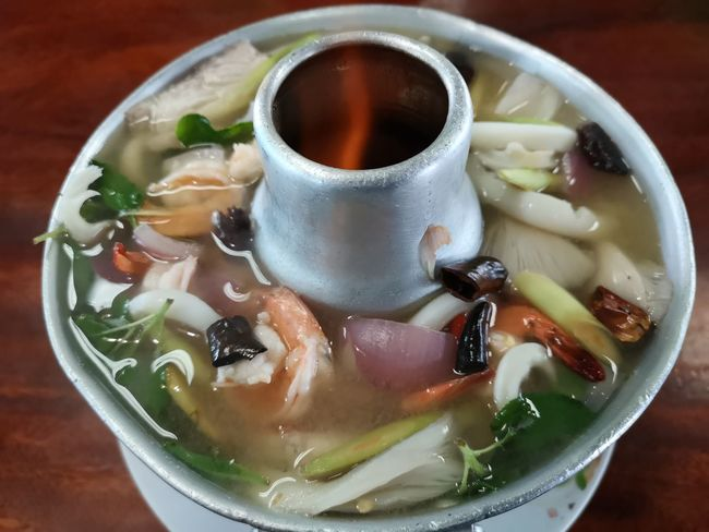 Huawei P20pro Thailand Tomyum Soupe Thaifood Seafoods Drink Close-up Food And Drink