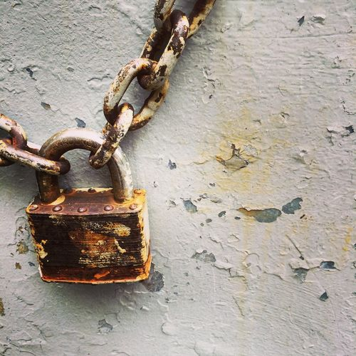 Rusted padlock Chain Metal No People Obsolete Old Padlock Peeling Paint Protection Rusty Security Textured  Weathered