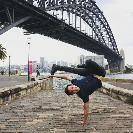Throwback to exploring the area around Sydney Harbour Bridge! Damn I feel the need to travel again. Smilewhenyoufreeze Travel Igsg Igaustralia Letsgosomewhere Adventure BBOY Dance Mightynomads Freeze Sydney Harbour Bridge Throwback Instadaily Picoftheday PicturePerfect 데일리 비보이 맞팔 여행