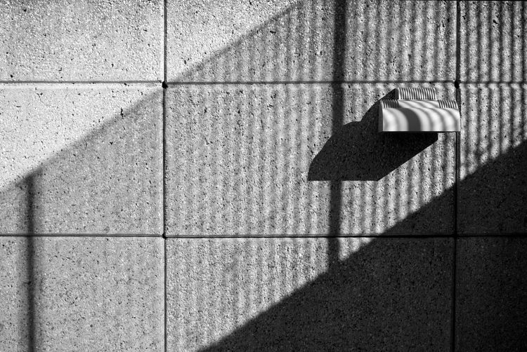 I loved the play of light, shadows, lines and shape in this picture. Photography Lines And Shapes Abstract Light And Shadow Black And White Photography Light Fixture Wall 365