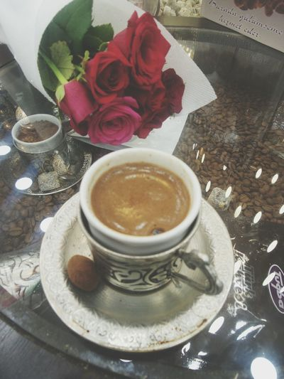 Roses Redroses Turkishcoffee Turkishfollowers Turkey Türkkahvesi Kırmızıgül Love LoveThem  Hello World