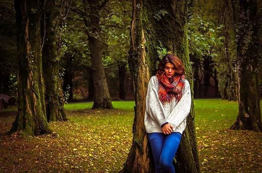 """""""When autumn meets tranquility, there you can see the queen dancing"""" - @legallrose Lifeinshots Photoshoot Model Modelshoot  Portfolio Goodtimeswithgoodpeople GoodTimes France Chateaubriand  Memories Memoriesmade Love Nature Follow Followback Followme Likeforlike Like4like"""