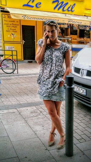 """""""Le Mil Viennoiseries Pains - Pastries shop"""". Boutiques et Saveurs du Monde / Street Photography France Phone Photography Pastries Viennoiserie/ Jolies Filles Beautiful Girl 😉"""