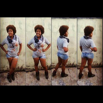 Swaggirl Swag Amazing Amazinggirl blackgirl curlyhair urbanstyle underground looktoday E a diferença ainda causa deslumbramento :)
