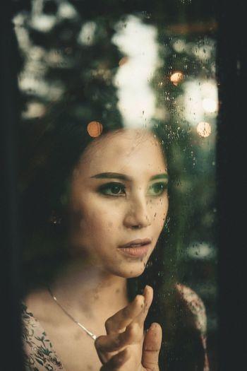 Rain Portrait One Person Headshot Women Adult Window Beautiful Woman Beauty Emotion Looking Through Window Rain Contemplation Indoors