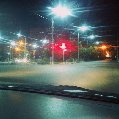 Что ни говори, а город ночью красив и спокоен)