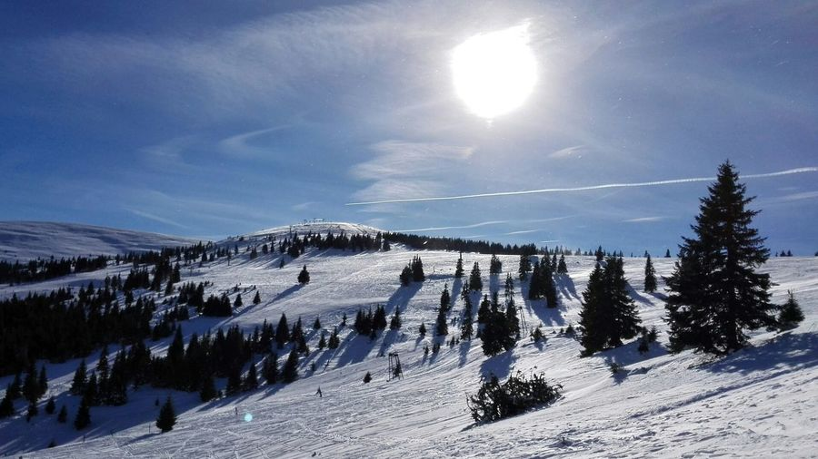 Wintertime Snow Cold Temperature Outdoors Mountain Sky Beauty In Nature Day Wintersports Sunnyday☀️ Ski Resort  Been There.