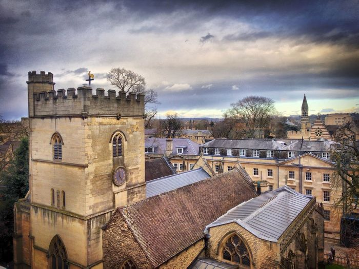 Oxford Tower Oxfordshire The Spires Oxford Spire Dark Sky HDR Oxford Architecture Built Structure Building Exterior Building Sky Cloud - Sky City Nature No People Day Residential District Outdoors Roof Cityscape History Tower The Past Travel Destinations Town