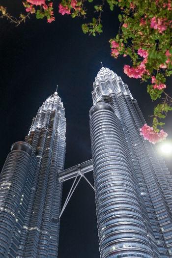 KLCC Twin Towers KLCC Tower Night Building Exterior Kuala Lumpur Malaysia  Architecture Office Building Exterior Built Structure KLCC Park KLCC❤❤
