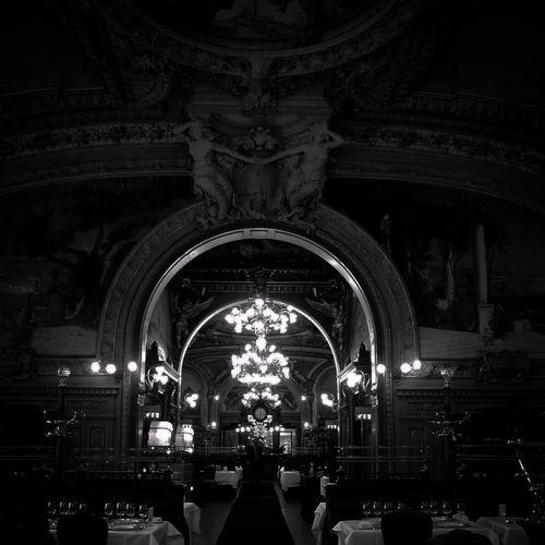 Blackandwhite Perspectives Paris, France  ©juliepeiffer Dansmonoeil EyeEm Best Shots