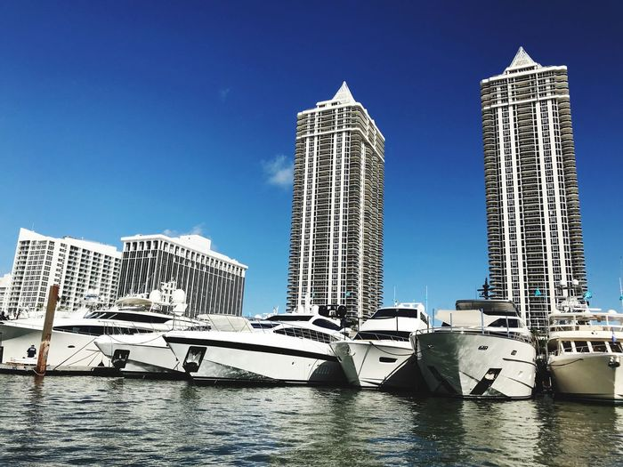 Miami Boat Show 2018 #Miami #Yachts #Marbella #Marbellayachtingjobs #Boatshow #Yachtlife EyeEm Gallery Eye4photography  EyeEm Best Shots Luxury Life Luxury Yacht Yachtinglife Marbella Yachting Jobs Miami Yacht Show Miamiboatshow Boatshow Yacht Harbor Yachting Architecture Built Structure Skyscraper Building Exterior Clear Sky No People Colour Your Horizn Water