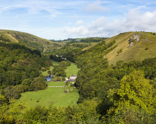 Monsal Dale and the River Wye seen from Monsal Head in the Peak District National Park Britain British HEAD KINGDOM National Scenic Wye Wyoming Blue Dale District England English Landscape Monsal Mountain Outdoors Park Peak River Sky Uk United Valley Water