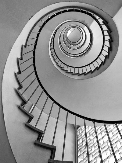Architectural Column Architecture_collection Black & White Low Angle View EyeEm Best Shots EyeEm Gallery EyeEm Selects EyeEm Masterclass Exeptional Photographs Picoftheday Blackandwhite Black And White Monochrome Blackandwhite Photography Backgrounds Spiral Staircase Hand Rail Spiral Stairs Stairs Steps And Staircases Spiral Steps Staircase Railing Architecture Directly Below Geometric Shape Circle The Architect - 2018 EyeEm Awards