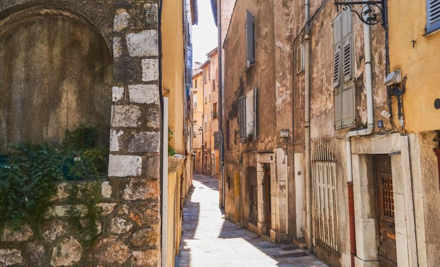 Wanderlust Vacations Architecture Built Structure Building History The Past Building Exterior Day Outdoors Ancient Wall - Building Feature The Way Forward Travel Destinations Direction Weathered Wall Travel No People Old Sunlight