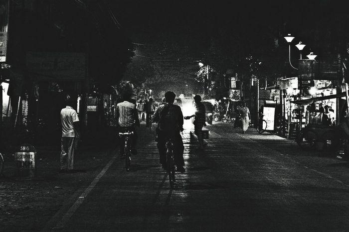 B&w Street Photography Rayoflight Rayofhope