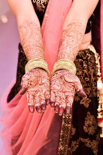 mehendi Tattoo Mehendi Art Wedding Photography Engagement Engagement Photography Mehendihands Mehendiart Mehendidesign First Eyeem Photo