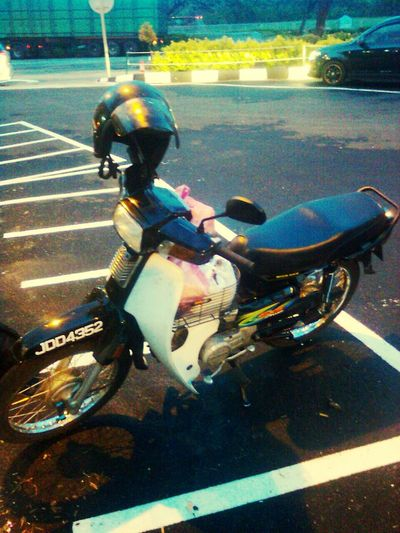 . dark horse in memory . Taking Photos Throwback Traveling Nightriding Hondaex5 Ridersalute Exstudent Degreeholder Bidortoipoh Enjoying Life Highway Since2010 Bidormostwanted