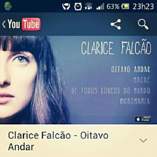 Clarice Falcão, novo vício...