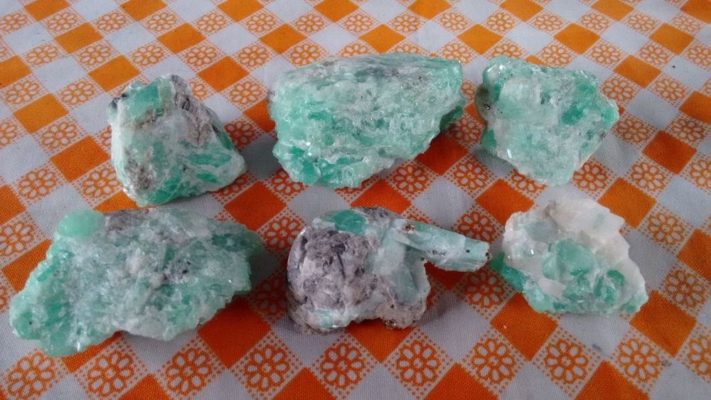 Las minas de las esmeraldas en Muzo Colombia Boyacá, Colombia Chivor Edelstein Emeralds Muzo Colombia Green Smaragd Wertanlage Boyaca Emerald - Gemstone Minas Colombia First Eyeem Photo