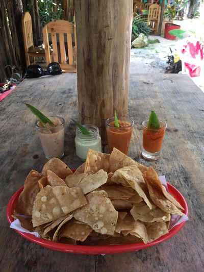 Appetisers #somanysalsas Sabroso Tortilla Chips La Piña Hecho A Mano  Salsas Picantes Salsas Appetizer Food And Drink Food Drink