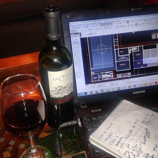 No ppr que deba trabajar no puedo darme un Relax Chileanwine Redwine Arq work
