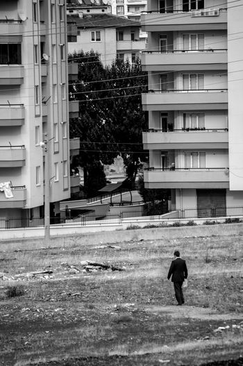 Gaziantep, Turkey, octobre 2014 Antep Architecture Black & White Black And White Photography Blackandwhite Blackandwhitephotography Building City Life Gazi Gaziantep Immeubles Monochrome Noiretblanc Outdoors Turkey Turquie Urban Wasteland