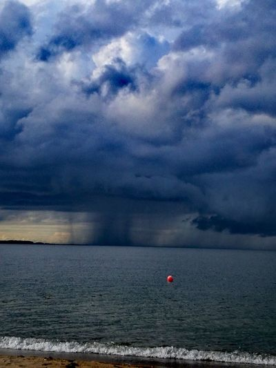 Sea Cloud - Sky Beach Landscape Nature Sky Horizon Over Water Beauty In Nature Storm Cloud Stormy Weather Rain Thisismyworld Lovethesea Estonianweather Estonia 🇪🇪 Estonian Nature Rain Clouds Huaweiphotography HuaweiP9Photography HuaweiP9 Summer Water