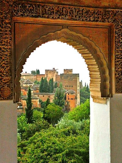 La Alhambra Architecture History Travel Destinations Built Structure Arch Travel Tourism Building Exterior The Past Vacations Traveling Home For The Holidays Architecture Tranquil Scene Tourist Landscape Tranquility Nature Cultures Tree