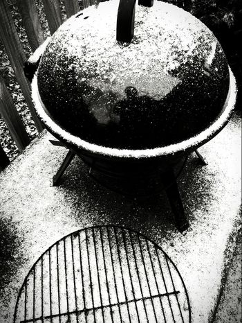 We are getting our first snow of the year!! Snow ❄ Grill No People Close-up Day Picturejunkie Check This Out Blackandwhite Photography Black And White Friday