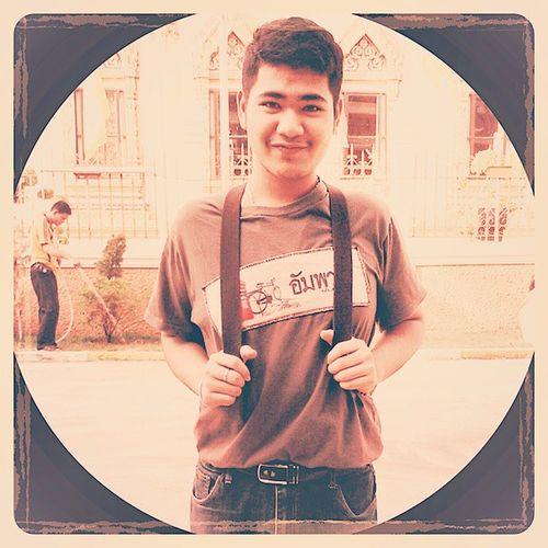 จะพูดอะไร ดูเป๋าผมด้วย แบกเป๋าย้ายบ้าย Hello World People That's Me Hi! Pak Phanang