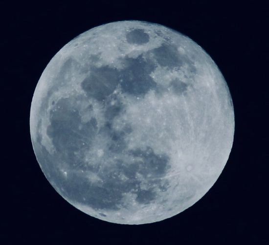 Gestern Vollmond👌👌 Moon Night Moon Surface Astronomy Planetary Moon Beauty In Nature Nature