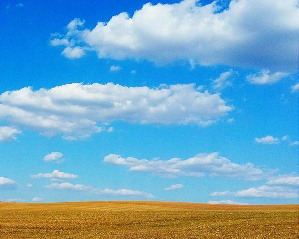 Having a relaxing time in Lorraine Open Edit Blue Sky White Clouds Cloud Porn EyeEm Nature Lover EyeEm Best Shots EyeEm Gallery Fields Hello World Sunny Day