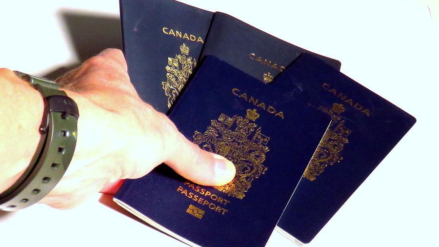 Immigration Customs Canadian Passport Canada Passeport Canada Passport Identity Illegal Issued Government