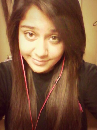 Listening To Sleeping With Sirens(; #ifyoucanthang