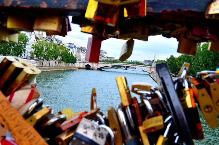 Bridge Bridge - Man Made Structure Day In A Row Locket_of_love Lockets Love Multi Colored Nature No People Paris Je T Aime Paris, France  Repetition Side By Side Variation