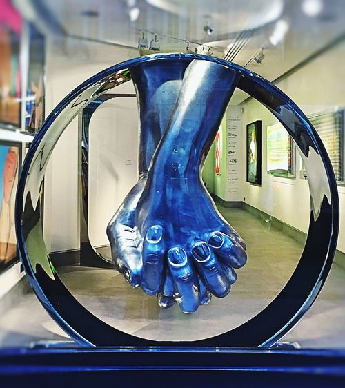 Love Sculpture Lorenzoquinn  Halcyon Gallery Shop Window Window Display Art Hands Holding Hands