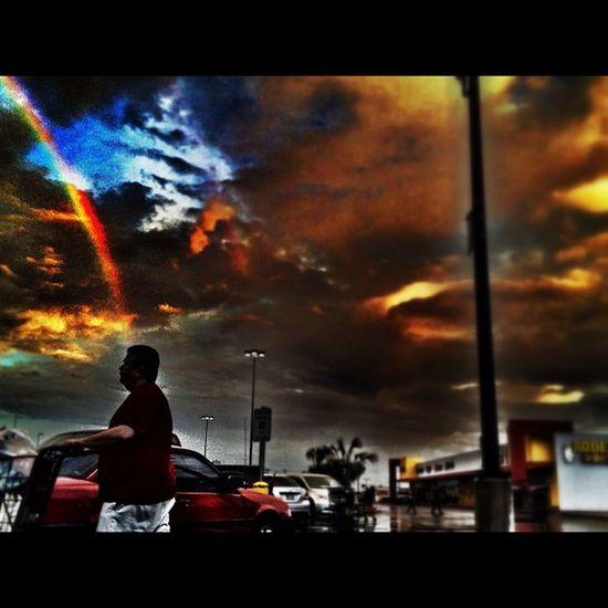 Rainbow and shopper. #rainbow #rain #storm #mcallen #pharr people Rain Rainbow Storm Mcallen Pharr