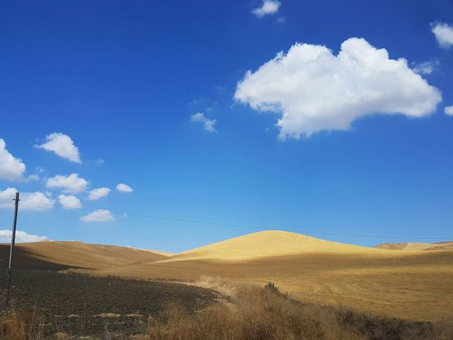 Countryside Arid Landscape Rural Cloud - Sky Tranquil Scene Landscape_Collection Landscape Scenic Landscapes Scenic Rural Scene Arid Climate Nature Farmland Hill Minimalism