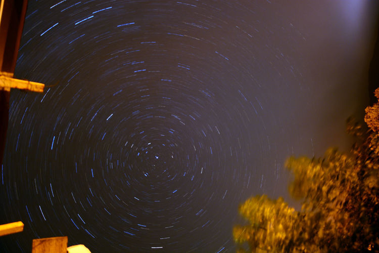 Star - Space Night No People Astronomy Motion Space Long Exposure Star Trail Nature Blurred Motion Sky Water Outdoors Architecture Spinning Illuminated Star Field Star Galaxy Concentric