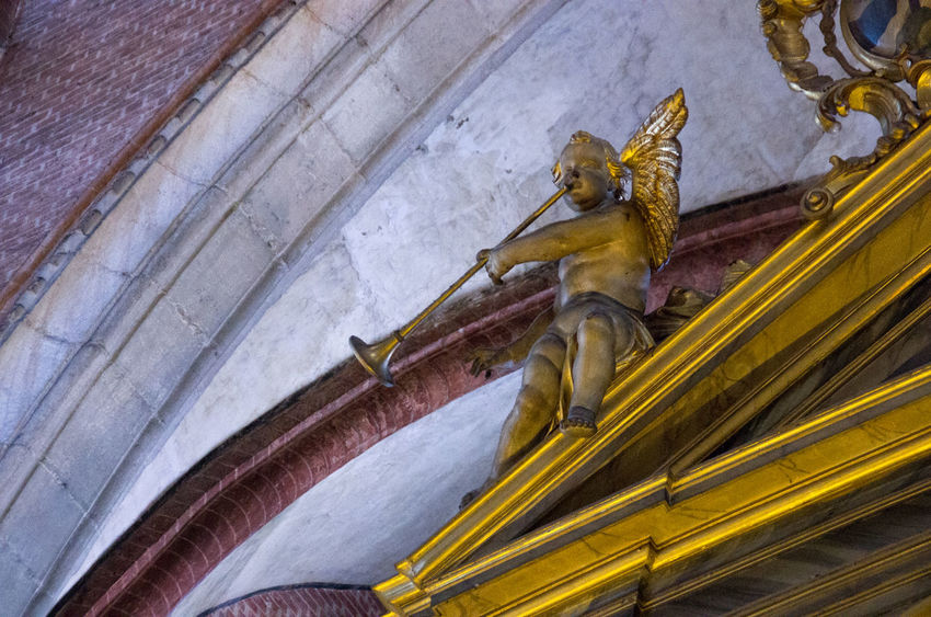 A Angel Architecture Cherub Church Church Of The Brothers Europe Gold Italy Renaisa Santa Maria Gloriosa Dei Frari Spirituality Venice Venice, Italy Wooden Carving
