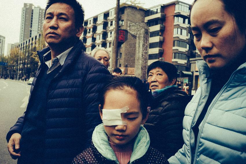 Chengdu China China City Communication Loopers Collective Noppadol Maitreechit Outdoors People Street Photography Travel Young Adult The Photojournalist - 2017 EyeEm Awards The Street Photographer - 2017 EyeEm Awards