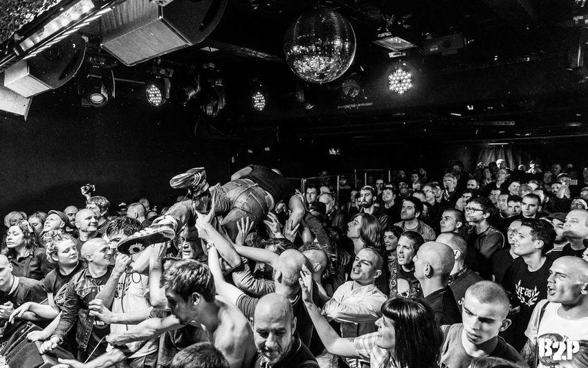 RAS au Gibus Club ! Ambiance à nos concerts ! Photos de B2P Large Group Of People Arts Culture And Entertainment Crowd Concert Punk Oi Gig Gibus Club Skin Skunk Skinhead N Punk Skinhead Skinheadgirl RAS
