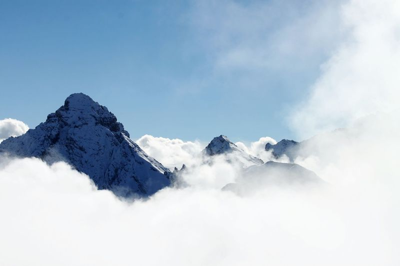 Clouds And Sky Clouds And Mountains Top Of Mountains Snow Winter Cold Temperature Cloud - Sky HJB Switzerlandpictures Switzerlandalps