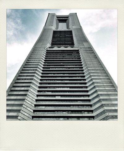 二位じゃダメなんですか…? 二位なったランドマークタワーです。 EyeEm Best Shots EyeEm Best Edits Polamatic Culture Of Japan
