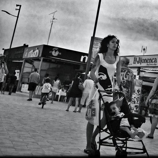 Eye4photography  Hipstamatic Streetphotography Blackandwhite